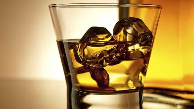 Whiskey at Sir Harrys Lounge