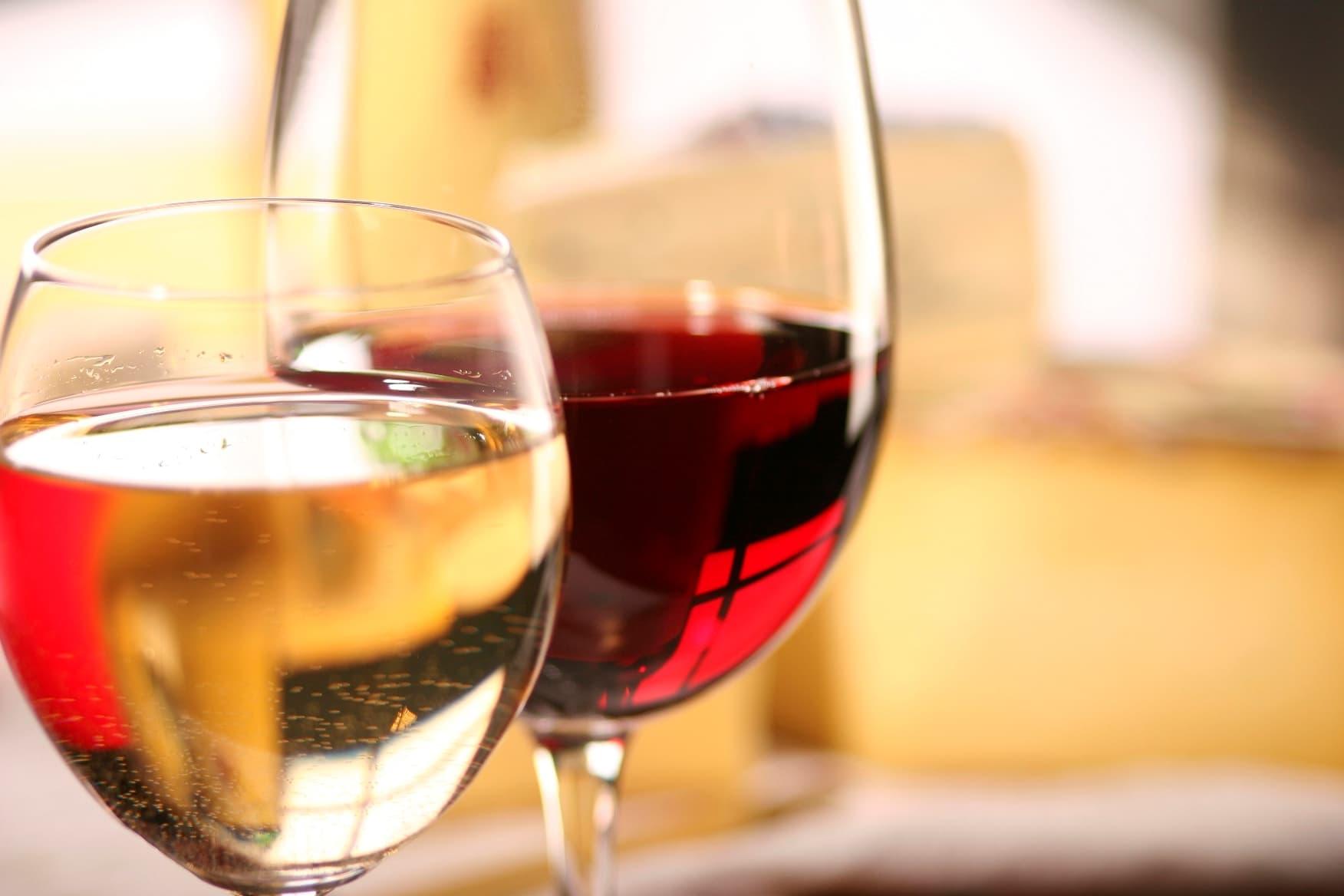 Food and Wine Weekends Wine Tastings