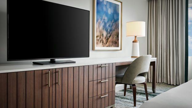 Standard Guest Room Desk
